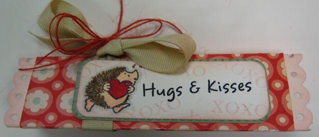 HugsNKissesBox